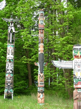 Sky Chief Totem Pole in Stanley Park, Vancouver, BC, Canada