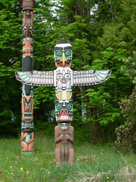Thunderbird House Post Totem Pole in Stanley Park, Vancouver, B.C., Canada