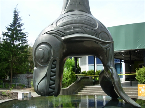 Killer Whale-Chief of the Undersea World statue in Stanley Park, Vancouver, B.C., Canada
