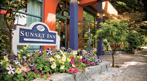 Sunset Inn and Suites near Stanley Park, Vancouver, B.C., Canada
